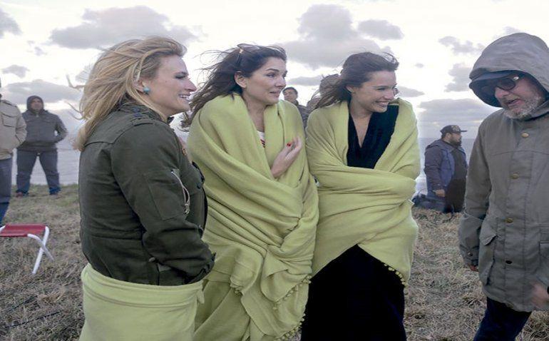 Pampita, Mónica Antonópulos y el brasileño de Moisés hicieron un piquete en Miramar