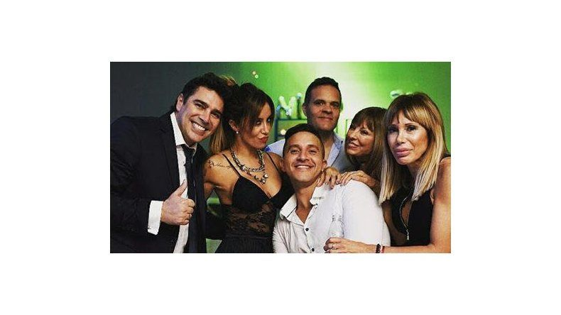 Matías Alé y Silvina Escudero compartieron una fiesta y hubo miradas cómplices