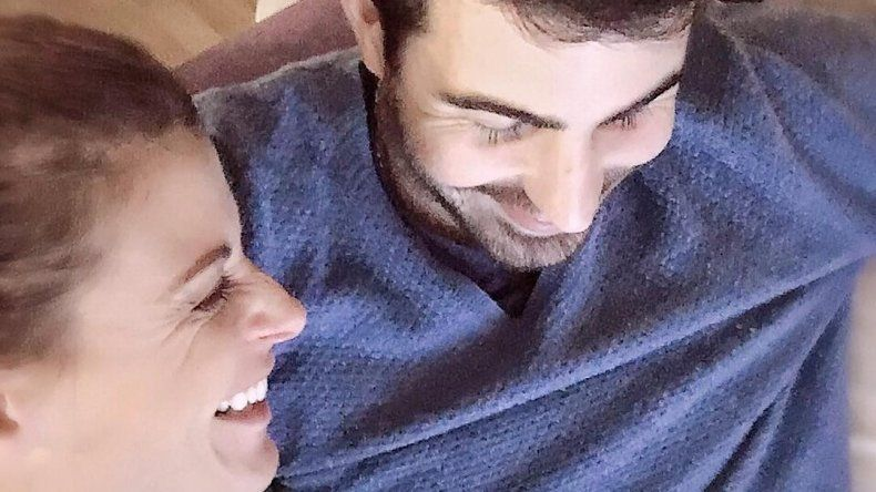 Eugenia Tobal vuelve a creer en la convivencia y se fue a vivir con su novio
