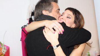 Nito Artaza aplaudió de pie a su hija Sabrina en el estreno de Entretelones