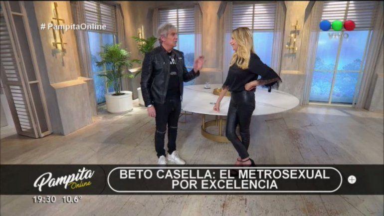 Sacaron del aire a Beto Casella cuando hablaba de Pampita en su propio programa: Todo muy raro