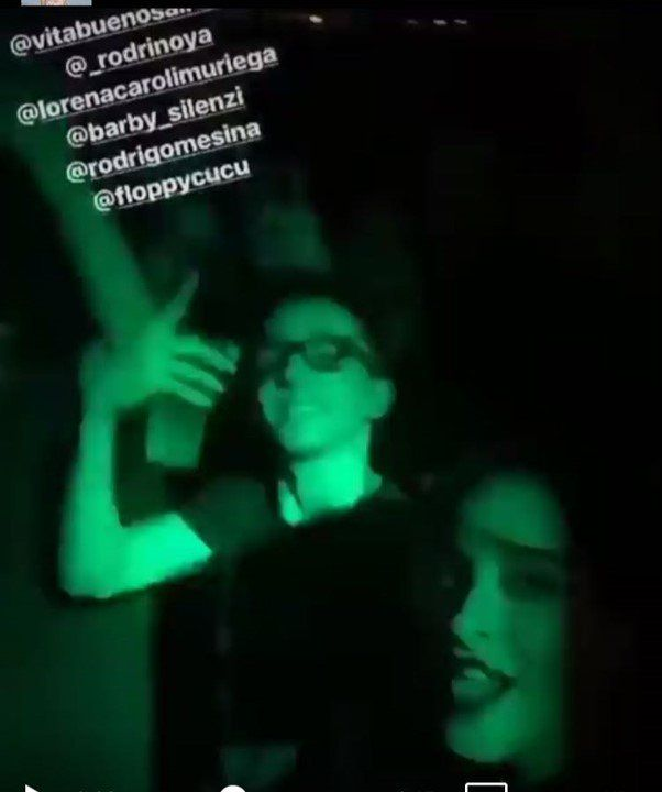 Rodrigo Noya, recién separado, se muestra en la noche con Barby Silenzi