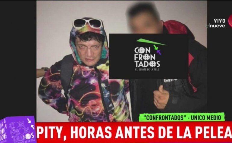Esta es la última imagen pública del Pity Álvarez en la noche de la tragedia, antes de quedar prófugo