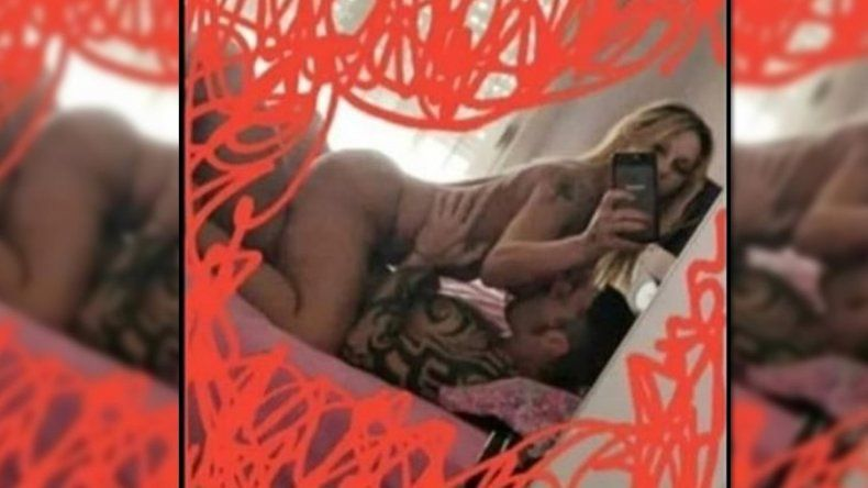 Mónica Farro subió una foto porno con su novio a Instagram, pero después la borró: mirala acá