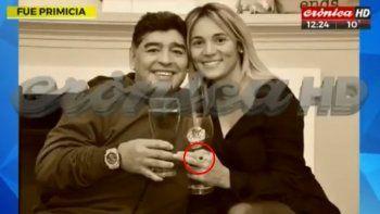 Anuncio mundial: Diego Maradona se casa con Rocío Oliva
