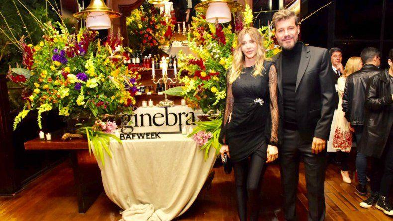 Marcelo Tinelli anoche junto a toda su familia en la presentación de Ginebra en el BAFWEEK