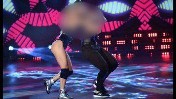 terrible lesion de un bailarin, deja a un paso de la eliminacion a una pareja muy convocante