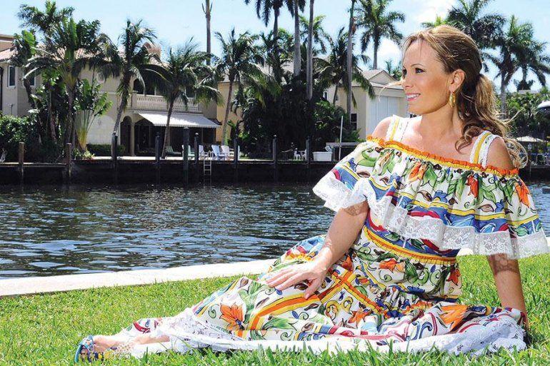 Natalia Denegri protagonista de dos publicaciones para toda América, Vanidades y Fortune: una latina poderosa