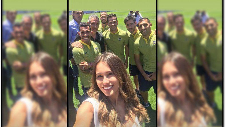 Pampita, fana de Boca, fue al entrenamiento a darle ánimo al equipo