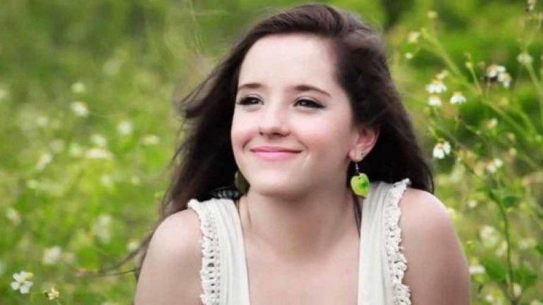 Hija de famoso cantante debuta en su primer protagónico para televisión
