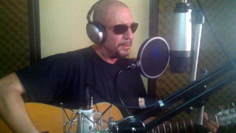 El rock nacional de luto: murió Ulises Butrón, el cantante de El amor es más fuerte en Tango Feroz