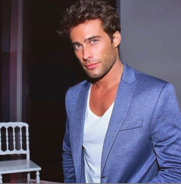 Reconocido actor, joven, galán y soltero, asegura: Para mí Instagram es todo, es como el boliche en casa