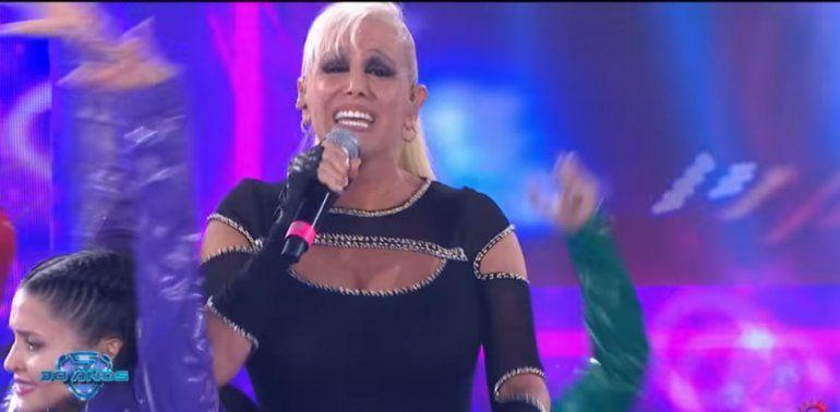 Valeria Lynch presintió que algo le iba a suceder en la apertura de Showmatch: ¿Culpa a Las Elegidas?