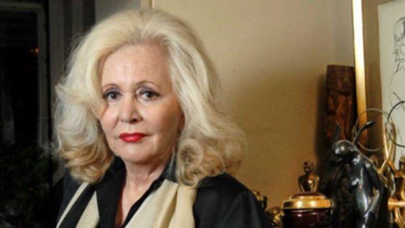 Pinky delicada de salud: la conductora se encuentra internada en el hospital Fernández