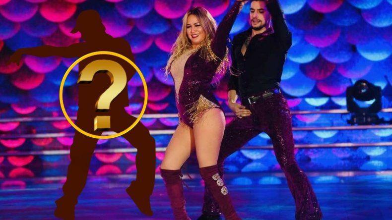 Inesperado invitado para bailar la salsa de a tres con Karina, La Princesita