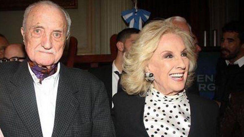 José Martínez Suárez, el hermano de Mirtha Legrand, se debate entre la vida y la muerte