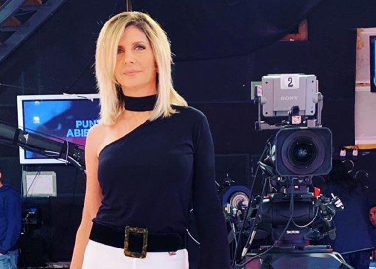 Las fotos hot de Débora Plager: La periodista dejó de lado su bajo perfil y se muestra muy sexy