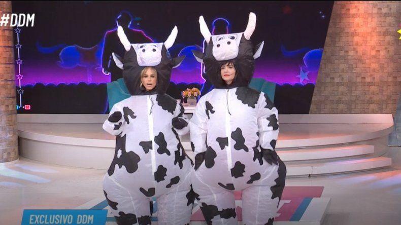 Mariana Fabbiani y Griselda Siciliani se divirtieron bailando el Vaca Dance