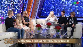 valeria mazza presento por primera vez a sus hijos en television