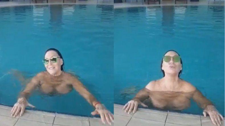 Moria Casán, al desnudo, envió un mensaje a las vayainas desde la pileta: Qué mal la estoy pasando