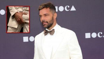 Ricky Martin se acomodó su parte íntima y estallaron las redes