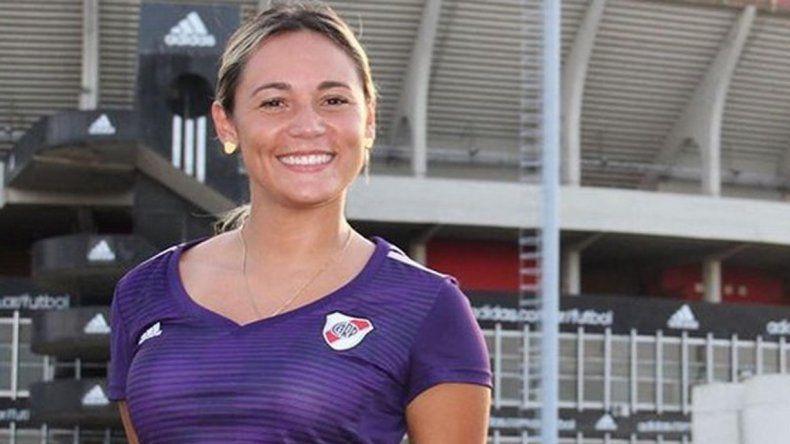 Rocío Oliva en guerra con su familia: su cuñada asegura que hizo el curso de DT en lugar de la ex de Maradona