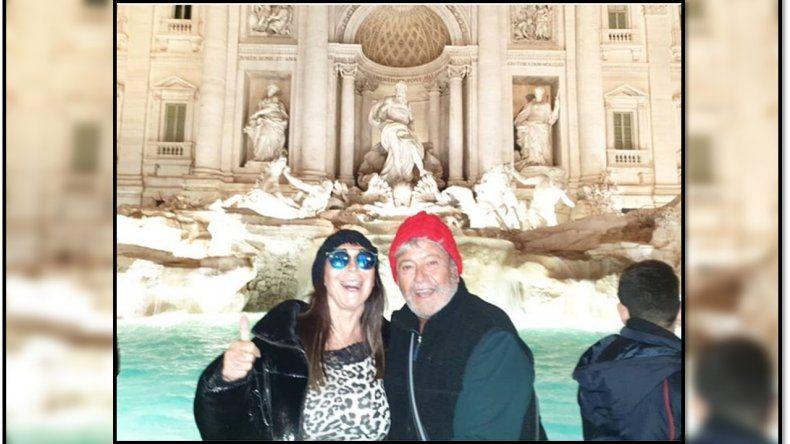 Moria Casán está en Europa y se reencontró con su novio Humberto Poidomani