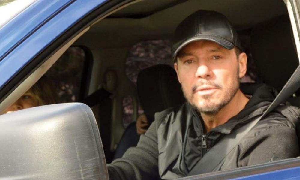 Regreso complicado: Marcelo Tinelli vuelve a Buenos Aires luego de pinchar en la ruta