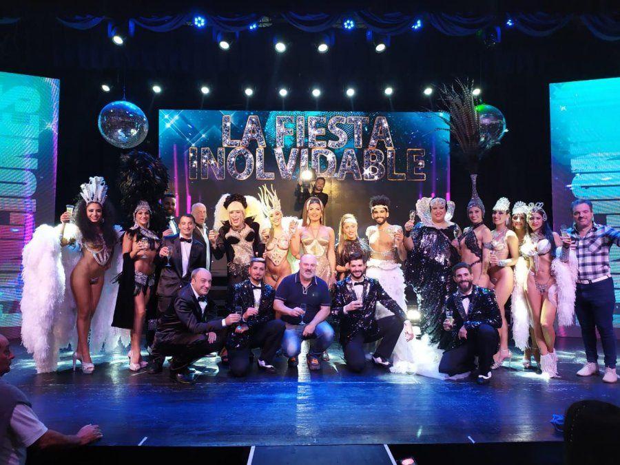 Florencia de la V festejó a sala llena las 100 funciones de La Fiesta Inolvidable