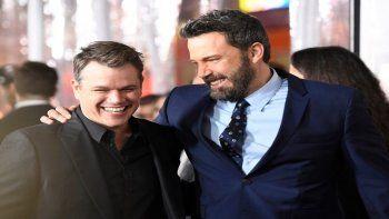 El actor Matt Damon junto a su amigo Ben Affleck