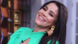 Carolina Sandoval celebra disfrazada sus 8 millones de seguidores