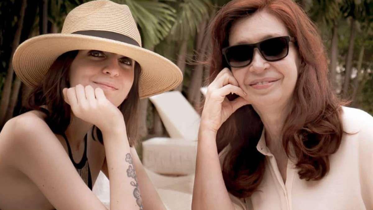 Florencia Kirchner y Cristina Kirchner