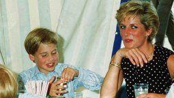 El pequeño William y Lady Di
