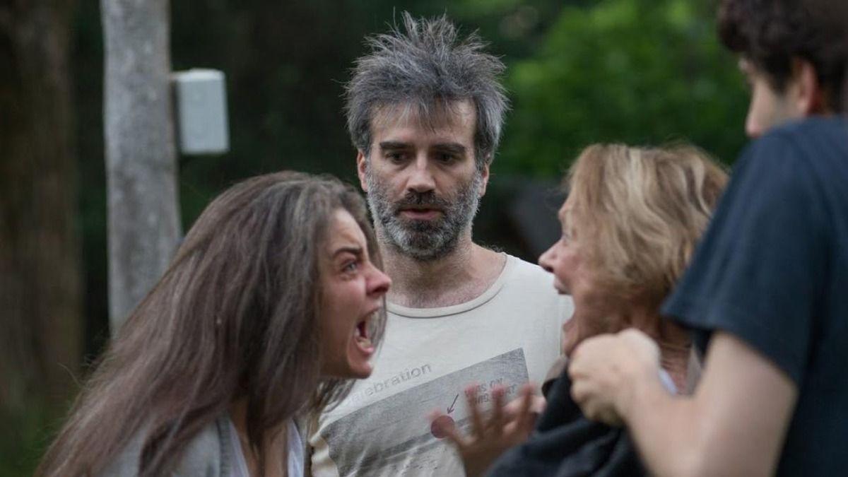Érica Rivas y Daniel Hedler en una escena de Los Sonámbulos
