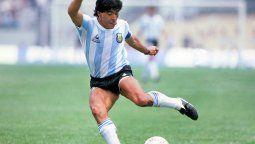 Maradona le cumplió el sueño a un nene en Agrandadytos.