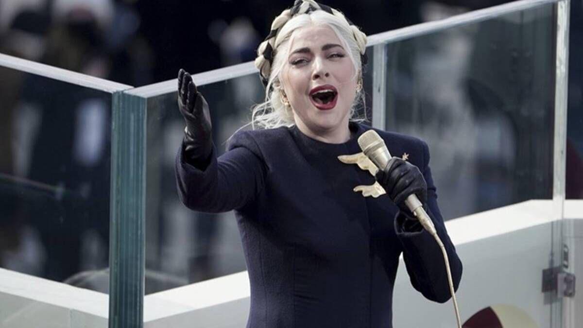 ¡Espectacular! Lady Gaga se lució cantando el himno