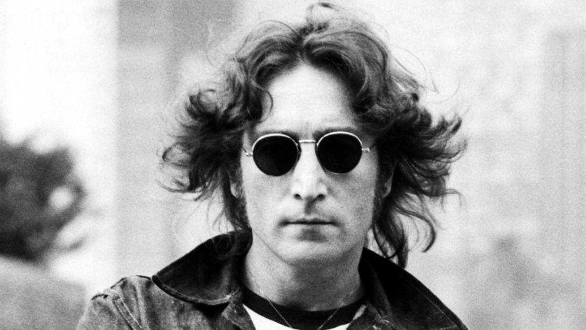 La recopilación en honor a John Lennon Gimme Some Truth. The Ultimate Mixes es el nombre de esta colección curada especialmente porYokoOnoy Sean Ono