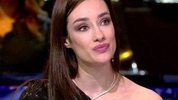Adara Molinero, víctima de burlas por dañar un costosísimo atuendo