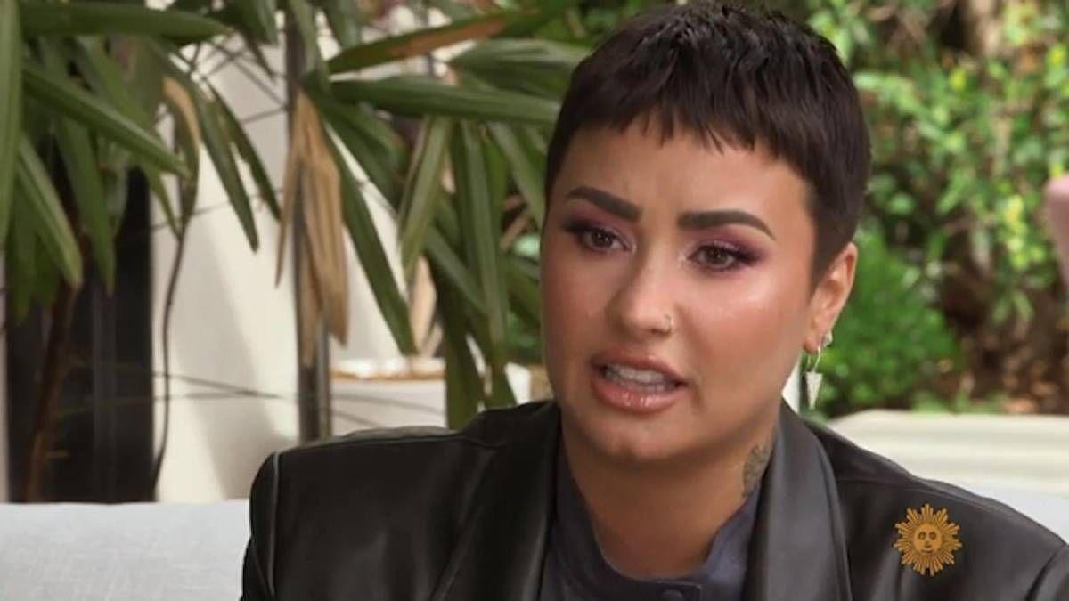 ¡Se disculpa! Demi Lovato le pide perdón a la heladería que criticó