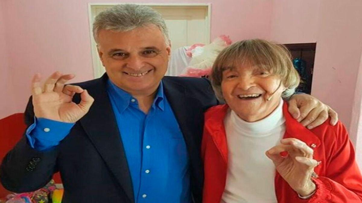 El productor Daniel Comba junto a Carlitos Balá