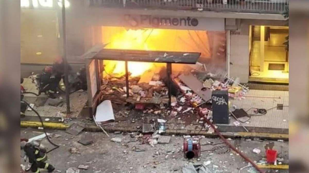 Incendio y explosión en Villa Crespo