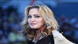 La cantante Madonna subió a sus redes fotos en ropa íntima