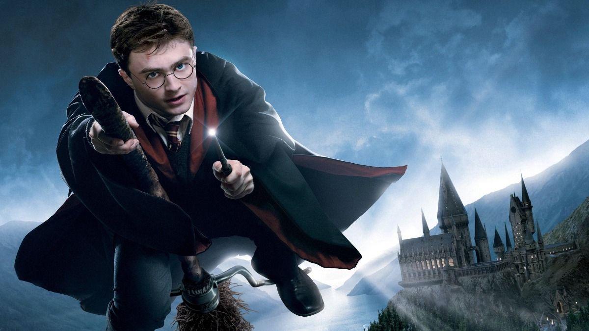 Harry Potter narra la historia de un niño mago