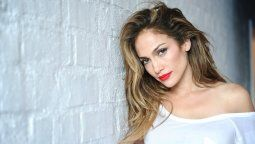 ¡Asombroso! Jennifer Lopez reveló su truco antiedad