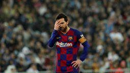 ¡Terror en Barcelona! Messi llegó cojeando a Lisboa