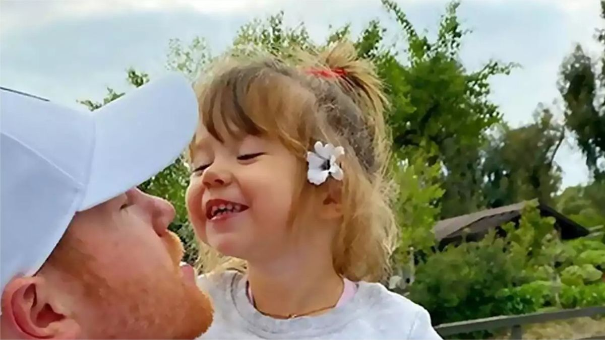 ¡Qué ternura! Canelo Álvarez se exhibe con su hija en vacaciones