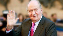 El Rey Juan Carlos dio señales de vida y confirmó su paradero