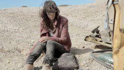 Valentina Bassiprotagoniza la película Al desierto