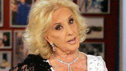 Me parece de muy mal gusto Mirtha Legrand defendió a Nacha Guevara ante bromas sobre ella