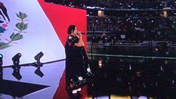 ¡Criticada! Ángela Aguilar es atacada por cantar mal su himno